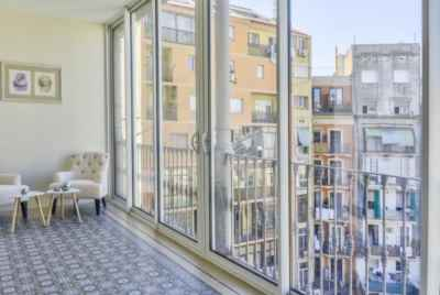 Penthouse with beautiful veranda in the heart of Barcelona